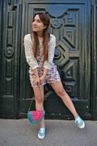 turquoise blue suiteblanco bag - bubble gum BLANCO bodysuit - Lefties sneakers