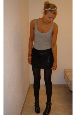 H&M top - American Apparel skirt - Marc by Marc Jacobs shoes - H&M accessories