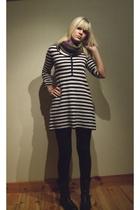 Zara dress - Zara scarf - Wedins shoes