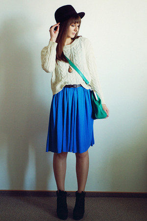 cream Mango sweater - blue romwe dress - forest green romwe bag