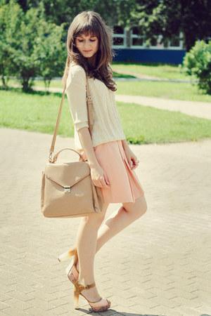 beige etorebka bag - ivory reserved sweater - light pink reserved skirt