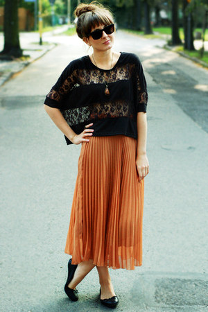 burnt orange skirt - black blouse