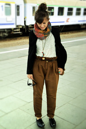 brown Zara pants - black Deichmann shorts