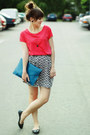 Turquoise-blue-bag-coral-top-black-h-m-skirt
