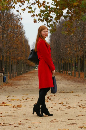 red L&L coat - black Zara boots