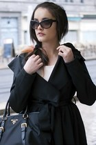 coat - black xoxobagnet bag