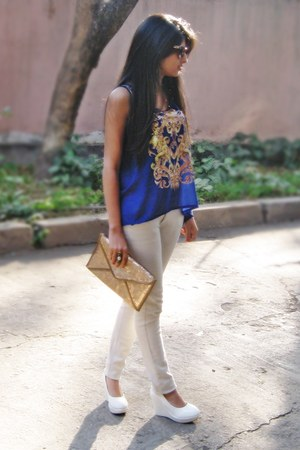 sheer blue busy bee top - white Mango jeans - gold sequins Accessorize bag