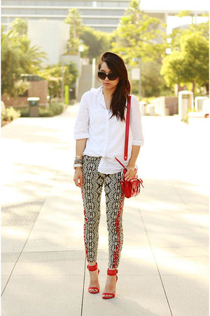 ruby red leather Zara heels - navy Forever 21 jeans - white no brand shirt