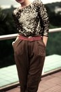 Disco-pony-jumper-high-waisted-zara-pants-gold-studded-vintage-belt