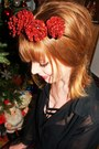 Black-blouse-black-gina-tricot-top-ruby-red-fir-cone-crown-diy-accessories