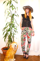 green tropical print PERSUNMALL pants