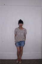 forever 21 top - calvin klein shorts - vintage shoes