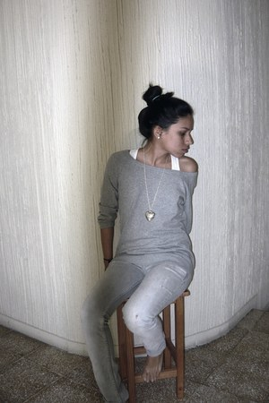 heather gray Zara sweater - silver pull&bear jeans - white Wet Seal shirt - silv