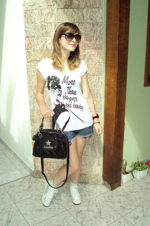 black hello kitty bag - blue shorts - crimson Marisa sunglasses - black Champion