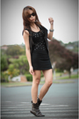 Black-dress-gray-forever-21-vest