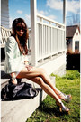 Light-blue-topshop-blazer-white-linen-shorts-silver-heels