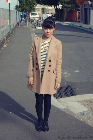 camel coat Tokito coat - white striped top La Petite Mademoiselle top