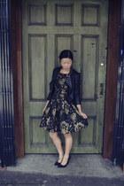black jacket MojoMade jacket - dark khaki dress portmans dress