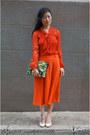 Red-blouse-awear-top-dark-green-clutch-asos-bag