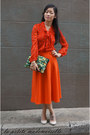 Dark-green-clutch-asos-bag-red-blouse-awear-top