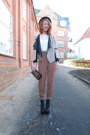 black vintage hat - light brown high waisted vintage pants