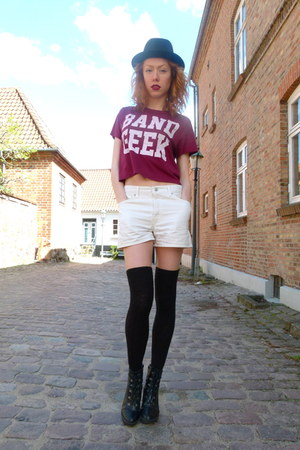 ruby red Forever21 t-shirt - ivory vintage shorts