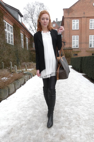 black over knee Bianco boots - white vintage dress - black gestuz blazer
