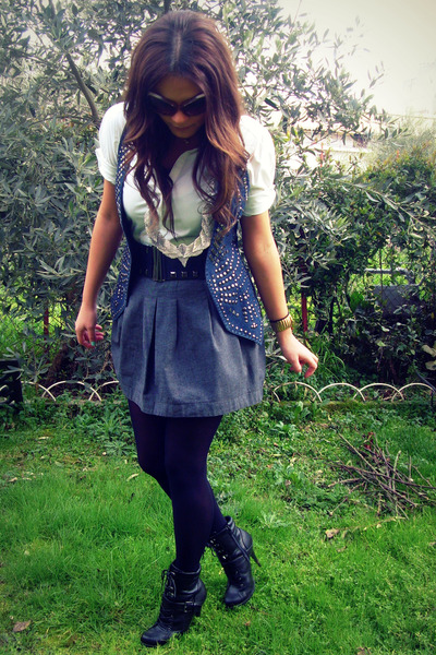 gray pink woman skirt - white sprider stores shirt - blue Bershka vest - black Z