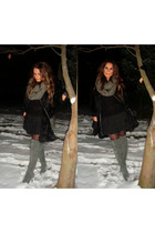 gray boots - gray scarf