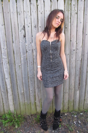 papaya dress - Steve Madden boots - H&amp;M tights - trash &amp; vaudeville necklace