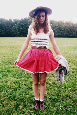 red heart patterned handmade vintage skirt - brown vintage boots