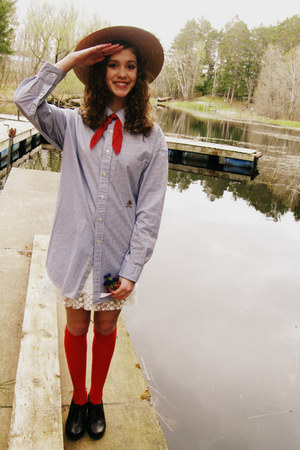 red thrifted stockings - white Forever 21 dress - navy Tommy Hilfiger dress