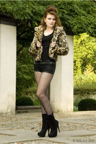 jennyfer jacket - basic sweater - tights - jennyfer shorts - suede new look heel