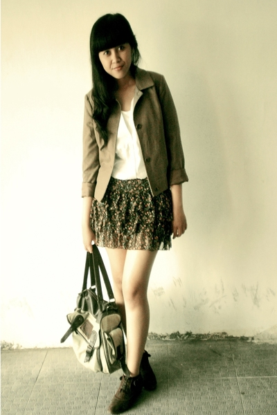 H&amp;M blouse - random skirt - Thrift Store jacket - Thrift Store boots - Oink purs