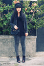 Black-beret-ebay-hat-dark-gray-acid-wash-primark-leggings