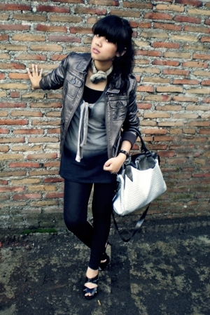 silver H&amp;M jacket - black Chrysalis shoes - black wet look Topshop leggings