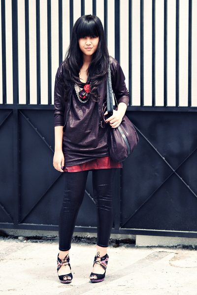 black endorse delight top - black somewhere in closet jacket - red Invictus skir