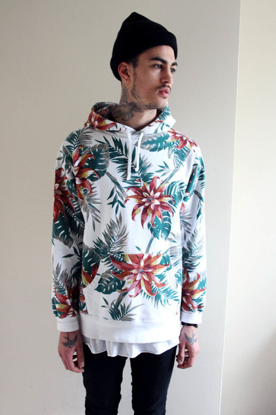 American Apparel hat - floral Supreme hoodie