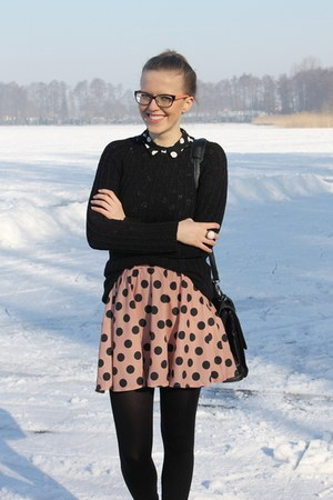 salmon cropp skirt
