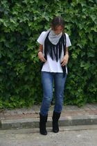 blue made by myself scarf - white Zara shirt - blue BLANCO jeans - black Marypaz
