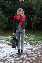 grey total look and checkered scarf