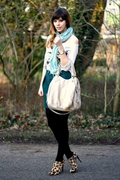 mustard Zara heels - aquamarine Bershka scarf - eggshell Marc by Marc Jacobs bag