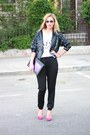 Off-white-h-m-t-shirt-black-pnk-casual-pants-hot-pink-zara-heels