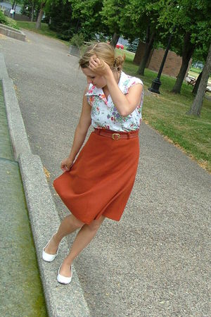 orange unknown skirt - white unknown shirt