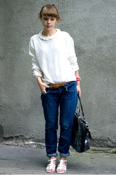 DIY jeans - vintage sweater - Atmosphere bag