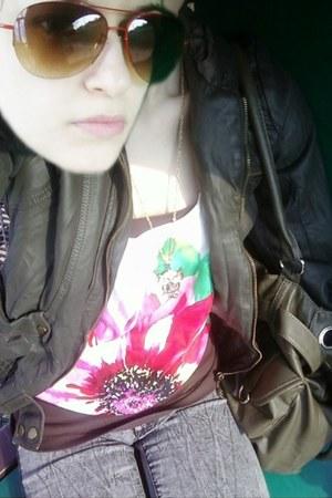 olive green f21 jacket - heather gray f21 jeans - olive green Ardene purse