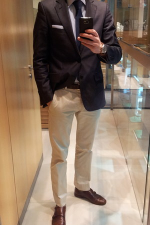 brown Zara shoes - navy Zara blazer - beige Zara pants