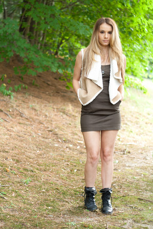tan shearling vest - black combat boots boots - army green mini dress dress