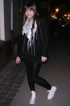 white Bershka scarf - black Bershka leggings - black Stradivarius blazer