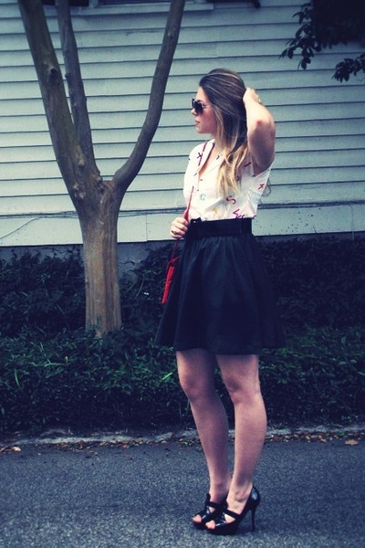 white vintage blouse - black Ann Taylor Loft belt - green H&M skirt - red vintag